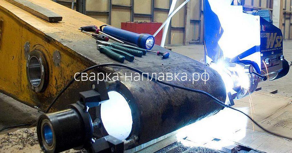 Восстановление цилиндрических отверстий Ф45 - 600 мм методом наплавки и расточки непосредственно на поврежденном узле без демонтажа.